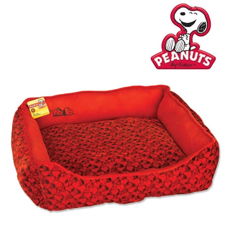 red dog bed, snoopy dog bed