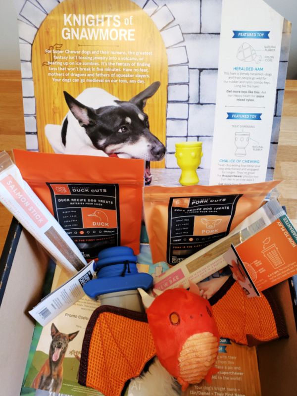 Super Chewer Box Toys and Treats Unboxing